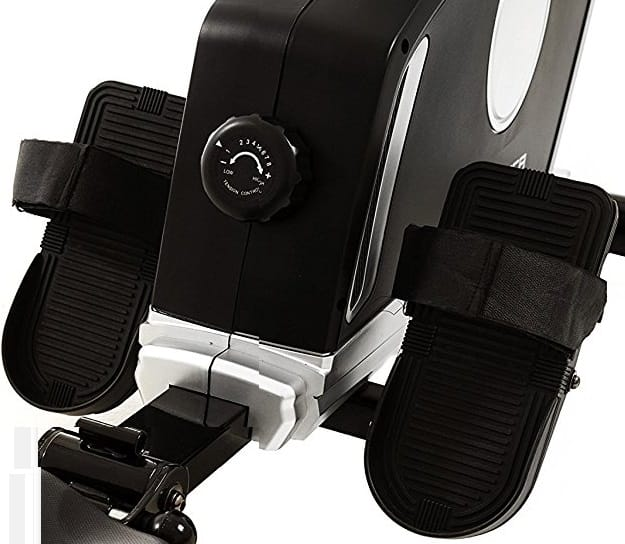 The XTERRA ERG200 Rower footrests